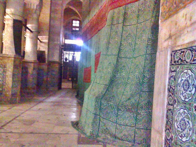 inside part of jali mubarak
