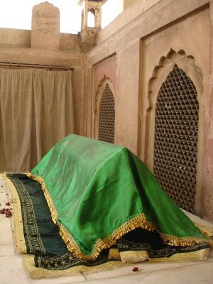 shkabdullahad-dahlawi-grave